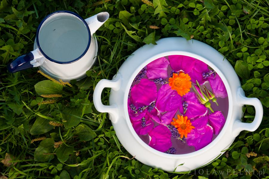 kąpiel kwiatowa